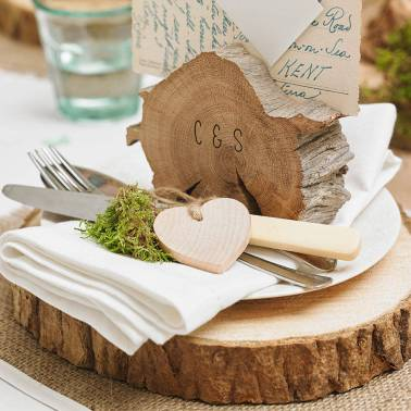 original_wooden-tree-slice-wedding-centrepiece-or-cake-stand